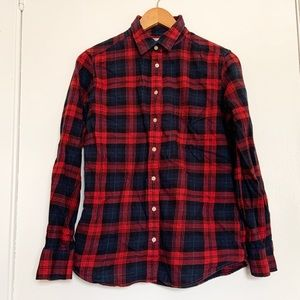 Uniqlo checkered buttons shirt size M